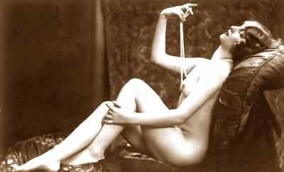 Desnudo de Nahui Olín, fotografiado por Antonio Garduño.