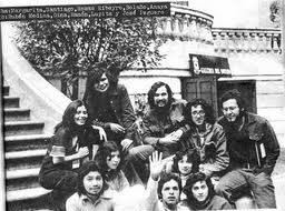 Los infrarrealistas en la Casa del Lago, en Chapultepec.